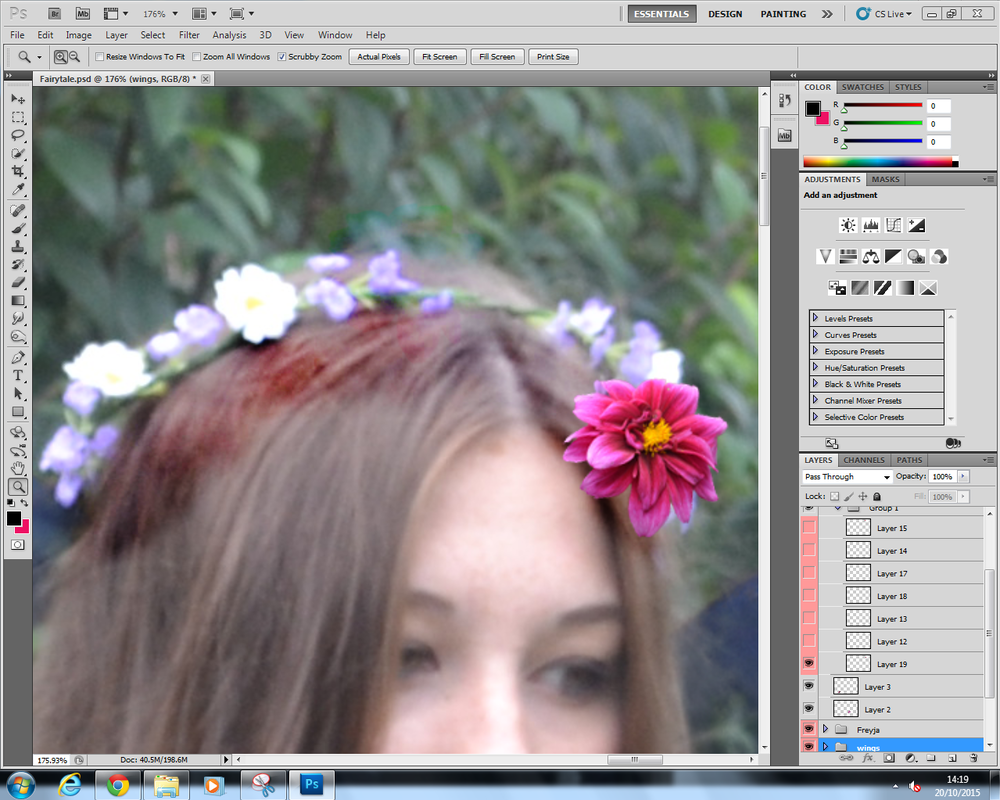 Screenshots a level photography i then used the flowers i took that shoot aswell to create a flower crown to replace the one she was wearing izmirmasajfo